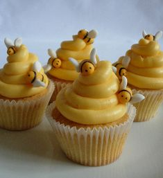 Completely unoriginal design, but my kids loved them. Vanilla cupcakes with fondant bees. in Children's Birthday Cakes by Beehive Cupcakes Beehive Cupcakes, Bee Cupcakes, Yummy Cupcakes, Cupcake Cakes, Honey Cupcakes, Vanilla Cupcakes, Spice Cupcakes, Cupcake Mix, Cupcakes For Men