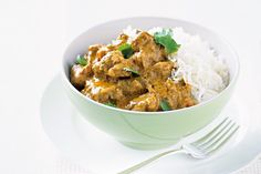 As nights get nippy, take comfort in a hearty curry dinner, perfect for warming up your midweek, without breaking a sweat!
