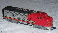 HO Scale  BACHMANN Train Diesel Locomotive Santa Fe # 307 Red Silver  #Bachmann Train Sets For Sale, Diesel Locomotive, Ho Scale, Fes, Santa Fe, Vehicles, Silver, Car, Vehicle