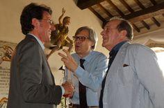 Vittorio Sgarbi ospite presso Casa Menotti con Zefferino Monini e Giorgio Ferrara, direttore artistico del Festival