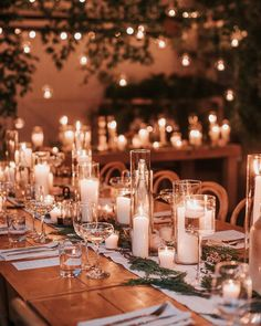 Cozy Wedding, Wedding Dinner, Floral Wedding, Pizza At Wedding, Elegant Winter Wedding, Romantic Wedding Decor, Card Table Wedding, Winter Wedding Flowers, Wedding Colours