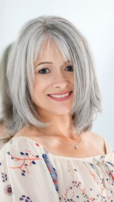 If I had blue eyes I would colour my hair this pretty grey to blend with my natural grey.