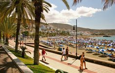 Playa de las Americas, Tenerife © Mate Marschalko - Flickr Creative Commons