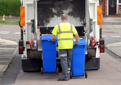 Residents set to go blue with wheelie bins