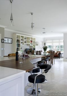 Kitchen Bar Stools: Sitting In Style...Ideas For Kitchen Bar Stools.