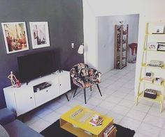 Olha só que sala mais harmônica e moderna a da @casa770 A decoração ficou uma arraso com a presença do Rack 1.4 Lexus Branco. Adoramos!  #casaedecoracao #moblybr #mobly #moblyporai #decor #decoration #lar #homedecor #homestyle #decore #decoracao #arquiteturadeinteriores #designdeinteriores #inspiração #inspiration #homesweethome #home  #homedecor #homedesign #lovehome #lovedecor #repost #regrann