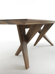 RIVA 1920 | Products | Tables