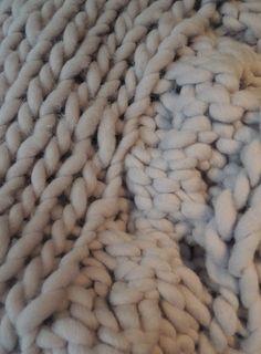 knitted blanket at Met Melk & Suiker