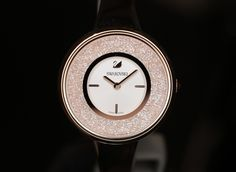 Swarovski new Fall/Winter 2017 collection of effortless yet high shine watches help the modern woman to dial up the glamour and feel daring and irresistible every moment of every day. Infused with distinct Swarovski's DNA, the new range is composed of versatile timepieces ranging from sleek to bold and from timeless to truly on-trend. It is this combination that is proving to be crucial to the brand's success, as Swarovski CEO Robert