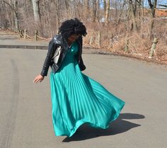 Thrifty Threads 365: Vintage Glam Pleated emerald green vintage dress for less than $10!