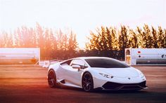 Lamborghini Huracan, White Huracan, sports cars, Italian cars, black wheels, Lamborghini