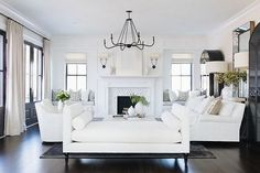 31 Admirable Formal Living Room Decor Ideas - The day of the front parlor that is so formal is now over. The homes nowadays in our modern time are using the available spaces in the living room and. Room Design, Transitional Living Rooms, Transitional Living Room Design, Home Decor, House Interior, Formal Living Room Decor, Interior Design, Living Decor, Home And Living