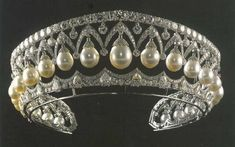 """""""Tiara of pearls and diamonds made for Empress Alexandra Feodorovna, wife of Nicholas I, by the Swedish jeweler Bolin in 1843."""
