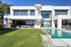 5 bedroom luxury Villa for sale in Marbella, Spain - 54606823