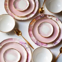 Tabletop Pretty: Suite One Studio. | the pretty crusades pink and gold plates, dessert plates, gold rimmed plates