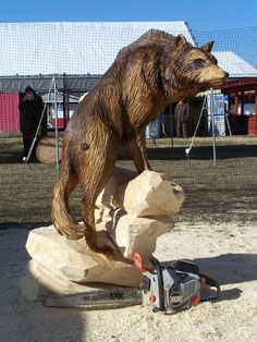 Wolf carved by ECHO Chainsaw Carving Team Member Bob King