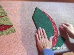 Video: Folding Christmas Tree napkins