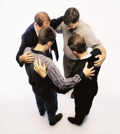 Estudio muestra cómo es impactada una persona cuando se ora por ella