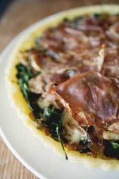 Savory Tart with Caramelized onions, Spinach & Prosciutto by thekitchykitchen #Tart #Spinach #Prosciutto