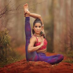 "7,599 aprecieri, 142 comentarii - Deepika Mehta (@deepikamehtayoga) pe Instagram: ""Happy to be back in the motherland. . This morning I took a break from my phone, to enjoy watching…"""