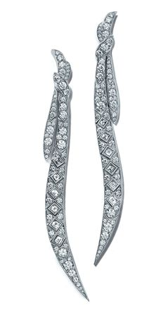 #TiffanyAndCo - #Tiffany - #Earrings from #TiffanyMasterpieces 2016 - #FineJewelry collection in platinum set with #LucidaCut, #BrilliantCut and #SquareCut - #Diamonds - #TiffanyRibbons