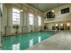 Luxury Homes in Johnson County