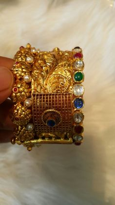 Golden broad Bangle with colourful shiney stones 18k Gold Jewelry, Gold Bangles, Bangle Bracelets, South Asian Wedding, Gold Work, Gold Pendant, Indian Jewelry, Wedding Jewelry, Jewelry Collection