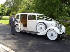 Classic rolls royce Old Vintage Cars Marie's Wedding, Wedding Car Hire, Dream Wedding, Wedding Ideas, Wedding Favours, Wedding Suits, Wedding Things, Wedding Bells, Perfect Wedding