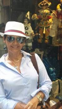 A correspondente internacional de Dona Elegância
