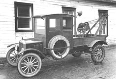Model T Ford Forum: Old photo wrecker
