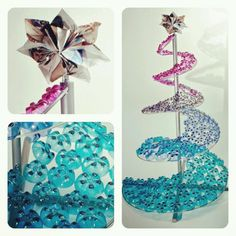 Árbol de navidad elaborado con fondos de botellas plásticas PET. Diseño @mopamopaeco