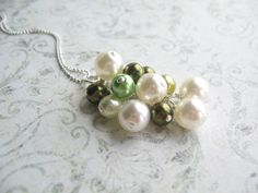 cluster faux pearl necklace