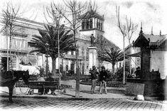 Tweets con contenido multimedia de Sevilla Insólita ® (@SevillaInsolita) | Twitter La irreconocible antigua plaza del Duque con el palacio del marqués de Palomares detrás.  Año 1902.