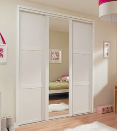 BQ Shaker Style White Sliding Door Bedroom Closet Behind Bed White Fitted Wardrobes, Sliding Mirror Wardrobe, Sliding Closet Doors, Bedroom Closet Design, Bedroom Wardrobe, Bedroom Decor, Bedroom Ideas, Wardrobe Storage, Built In Wardrobe
