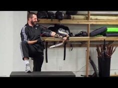 The Hobbit (2013) Extras - Stunt Training. The other one was pulled!