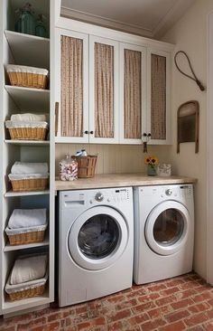 50 Beautiful and Functional Laundry Room Design Ideas Laundry room decor Small laundry room ideas Laundry room makeover Laundry room cabinets Laundry room shelves Laundry closet ideas Pedestals Stairs Shape Renters Boiler Rustic Laundry Rooms, Farmhouse Laundry Room, Small Laundry Rooms, Laundry Room Design, Laundry In Bathroom, Basement Laundry, Laundry Area, Laundry Closet, Vintage Laundry Rooms