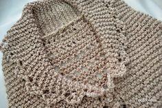 A primavera chegou e a vontade de tricotar não passou...  Ainda bem, né?  Então, o jeito é encontrar fios mais fresquinhos com pontos...