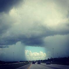 Florida motorist photographs unusual weather phenomenon over I-75