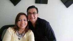Dr. Enrique Salinas y la Dra. Cristina Pichardo Invitados a la entrevista del programa.