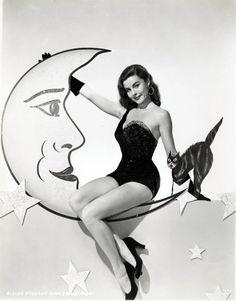 Elaine Stewart, vintage halloween pin-up photo