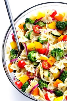 This Veggie Lovers' Pasta Salad recipe is easy to make with whatever veggies you have on hand, it's tossed with a yummy white balsamic vinaigrette, and it's absolutely perfect for a party or picnic or potluck (or any regular weeknight dinner)! | gimmesomeoven.com