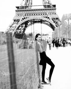 #throwback #throwbackthursday #tbt #beautiful #memories #love #lovebridge #paris #parisian #fashion #instafashion #summer #parisphoto #photography #blackamdwhite #capture #moment #travel #trip #romance #romantic #photooftheday #picoftheday #instapic #instaphoto #instagram #eiffeltower #amour #chefhitra #france by chitrachef