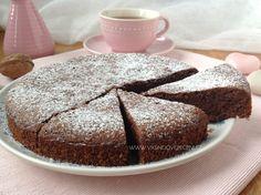 Čokoládový koláč bez mouky - Víkendové pečení Home Recipes, Healthy Recipes, Low Carb Diet, Sweet Desserts, Bellisima, Baked Goods, Food And Drink, Sweets, Bread