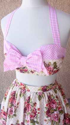 Pin Up Pink Gingham Floral Print Rockabilly Bow Top Retro 50s Shabby Chic style bandeau halter Top Country Girl, French Country style. Sun Dress Pin Up Farm girl  Adorable Front bow embellishment Fully lined with adjustable back ties Under bust elastic for extra support