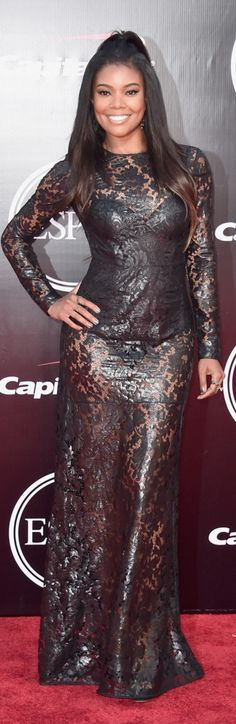 Who made Gabrielle Union's black sequin gown and jewelry?