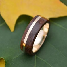Wood Ring Gold Solsticio Oro Nacascolo by naturalezanica on Etsy