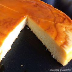 Flan antillais à la noix de coco, recette par Alice Gerfault Thermomix Desserts, Home Bakery, Macarons, Tiramisu, Mousse, Biscuits, Alice, Cheesecake, Deserts