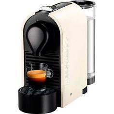 Descubra a nossa seleção única de cafés Nespresso    A NESPRESSO OFERECE O CAFÉ IDEAL PARA CADA MOMENTO  DO SEU DIA, DESDE O CAFÉ DA MANHÃ ATÉ A HORA DE DORMIR    De todo o café produzido no mundo, apenas de 1% a 2% são selecionados pela Nespresso.    Para garantir os aromas e sabores excepcionais desses cafés, como se tivessem sido moídos na hora, a Nespresso criou cápsulas de alúminio, a proteção perfeita contra luz, ar e umidad