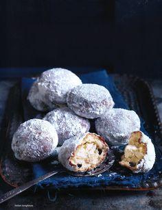 // Italian Doughnuts