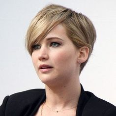 Why can't my hair look this good when it is cut this short?  Jennifer Lawrence